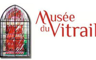 10 000 € pour réaliser une sculpture vitrail + 1 280 € pour un mois de résidence.